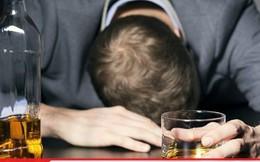 Đau ngực dữ dội, thanh niên vội đến bác sĩ và phát hiện gây sốc sau đêm say xỉn