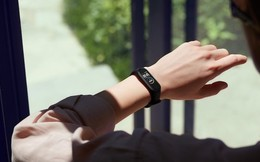 Xiaomi bán chính thức vòng sức khoẻ giá rẻ, cạnh tranh với Huawei, Samsung