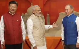 Mỹ đang đẩy Ấn Độ xích lại gần Trung Quốc và Nga?