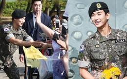 """Tài tử """"Vì sao đưa anh tới"""" Kim Soo Hyun xuất ngũ sau 2 năm: Bảnh bao như bước ra từ cảnh phim, fan quốc tế đến đón"""