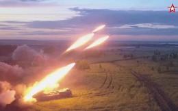 Video: Pháo phản lực đa nòng Uragan của Nga khoe uy vũ