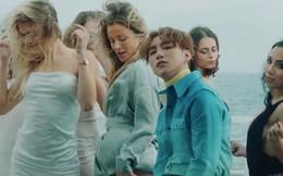 MV mới đẹp và sexy là thế nhưng Sơn Tùng M-TP vẫn thật nhỏ bé bên cạnh dàn mỹ nhân Tây nóng bỏng