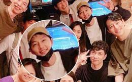 NÓNG: Song Joong Ki lần đầu xuất hiện sau tuyên bố ly hôn Song Hye Kyo, gương mặt tươi tắn vui vẻ đến mức bất ngờ
