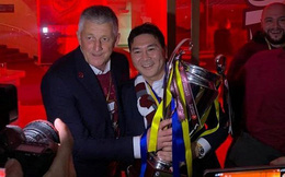 Ông chủ người Việt sang châu Âu xem đội nhà đá vòng loại Champions League