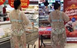 Giữa siêu thị lớn ở Hà Nội, người phụ nữ mặc chiếc váy xuyên thấu mỏng hơn giấy, lộ hết nội y phản cảm