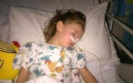 Bé gái 6 tuổi bị thủng ruột và tổn thương nghiêm trọng nội tạng vì nuốt vòng tay