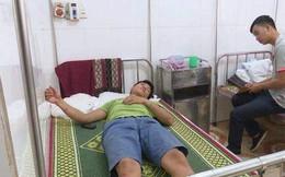 """Cán bộ kiểm lâm Quảng Bình nhập viện cấp cứu vì... """"lâm tặc"""" cầm gạch đánh"""