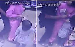 Sốc trước cảnh camera an ninh ghi lại hình ảnh 'yêu râu xanh' ngang nhiên quấy rối các cô gái ngay trong cửa hàng tiện lợi