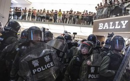 Hồng Kông tiếp tục biểu tình, Trưởng đặc khu muốn từ chức nhưng Bắc Kinh từ chối
