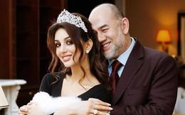 Cựu vương Malaysia đột ngột ly hôn vợ cựu hoa hậu trẻ đẹp người Nga