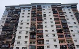 """Nỗi khổ người mua chung cư: Mua dễ, bán """"khó như… lên trời"""""""