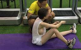 'Thả rông' vòng 1 đi tập gym, chị gái ăn mặc phản cảm khiến dân mạng dậy sóng ném đá kịch liệt