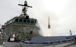 Mỹ thử nghiệm tên lửa chống tăng trên tàu chiến ven bờ