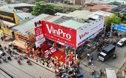 """Dời hầm TTTM tìm ra mặt phố, Vingroup mở đồng loạt 10 siêu thị VinPro chỉ trong 1 ngày, quyết đấu thế """"một mình một ngựa"""" của Điện máy Xanh?"""