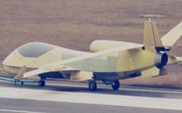 """UAV do thám Trung Quốc """"bám"""" tàu chiến Mỹ qua eo biển Đài Loan"""