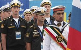 """Iran - Nga """"đối trọng"""" liên minh hùng mạnh của Mỹ tại vùng Vịnh"""