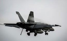 Tiêm kích F-18 của Mỹ gặp nạn, 7 người dưới đất bị thương, phi công chưa rõ