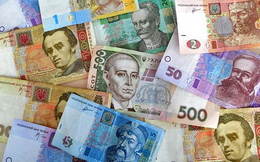 """Lộ mức lương """"không ngờ"""" của Tổng thống Ukraine Zelensky"""