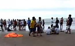 9 người bị sóng biển cuốn trôi, 4 người tử vong