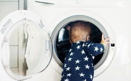 Bé trai 3 tuổi qua đời thương tâm sau khi tự nhốt mình trong máy giặt ở nhà