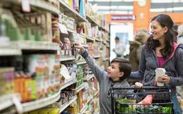 Góc tự giác: Cậu bé 5 tuổi thay mẹ đi chợ mua rau củ thực phẩm mỗi tuần, có một điều thậm chí còn khiến nhiều người lớn phải xấu hổ