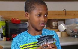 Bé 11 tuổi sáng chế ra thiết bị phát hiện trẻ em bị bỏ quên trong xe, biết thổi hơi mát để câu giờ chờ người tới cứu