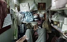 Bên trong 'nhà lồng' chật hẹp giống như quan tài ở Hong Kong