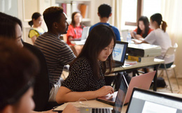 Những 'lối tắt' đưa con nhà giàu Trung Quốc đi du học trường danh giá