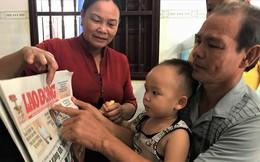 Bé trai 2 tuổi biết đọc báo, phát âm tiếng Anh