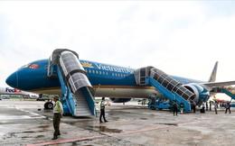 """Có gì trong """"siêu máy bay"""" Boeing 787-10 đầu tiên ở Việt Nam?"""