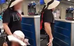Xôn xao clip nữ hành khách chửi bới, xúc phạm nhân viên Vietnam Airlines: 'Một ngày tôi phải chạy 5 triệu Facebook cho con này ế chồng'