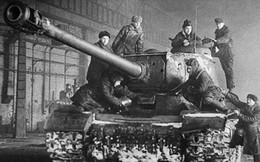 6 loại vũ khí của Liên Xô được đặt theo tên của Stalin