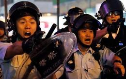 Hong Kong: Vì sao súng nổ?
