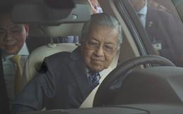 Chủ tịch Vingroup tiết lộ tốc độ gây sốc của Thủ tướng 94 tuổi lái xe Vinfast: 120 km/h