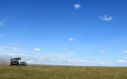 """""""Mưa đạn"""" rung chuyển thao trường tập trận chung Nga-Mông Cổ"""