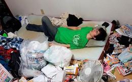 Con trai 46 tuổi để xác mẹ già trong nhà gần 2 năm trời vì không biết xử lý như thế nào và căn bệnh đáng sợ trong xã hội Nhật Bản