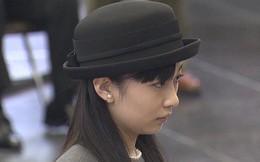 Công chúa xinh đẹp nhất Nhật Bản gây sốt với phong thái chuẩn mực khi lên xe ô tô, vậy mới thấy làm người hoàng gia không hề dễ dàng