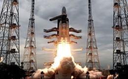 """Bộ trưởng Pakistan """"xát muối"""" vào việc Ấn Độ mất liên lạc với xe thám hiểm Mặt trăng"""