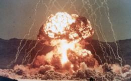 Chuyện nhà vật lý châm lửa điếu thuốc lá bằng vụ nổ hạt nhân