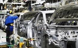 """Công nghiệp ô tô và những chính sách """"trái ngang"""""""