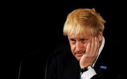 """Khoảnh khắc hài hước trong những tuần """"ồn ào"""" đầu tiên của Thủ tướng Anh"""
