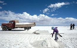 Bolivia 'đổi đời' nhờ lithium