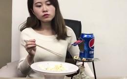 Bắt chước YouTuber nổi tiếng làm bỏng ngô bằng lon nước ngọt, bé gái thiệt mạng thương tâm