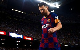 """Chưa kịp mừng danh hiệu """"The Best"""" bằng đường kiến tạo góp công giúp Barcelona thắng trận, Messi phải rời sân trong nỗi thất vọng thế này đây"""
