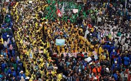 Indonesia biểu tình vì dự luật cấm quan hệ trước hôn nhân
