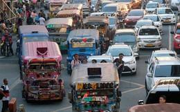 Nhà sáng lập ứng dụng đe dọa Grab ở nơi tắc đường tệ nhất thế giới: 'Chúng tôi an toàn hơn cả ... bao cao su'