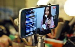 Lò đào tạo ngôi sao mạng ở Trung Quốc: Ngành công nghiệp tỷ đô tạo nên từ việc ca hát, nhảy múa trước màn hình