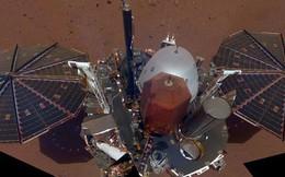 Tàu đổ bộ của NASA thu được những tín hiệu lạ trên Sao Hoả