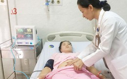 Người phụ nữ trẻ chảy máu ngập tràn ổ bụng