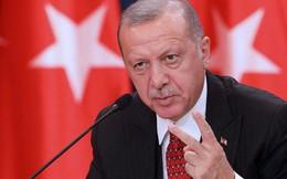 Hứng 'mưa' chỉ trích khi tấn công Syria, Thổ Nhĩ Kỳ đáp trả: 'Hãy tự soi mình trong gương'